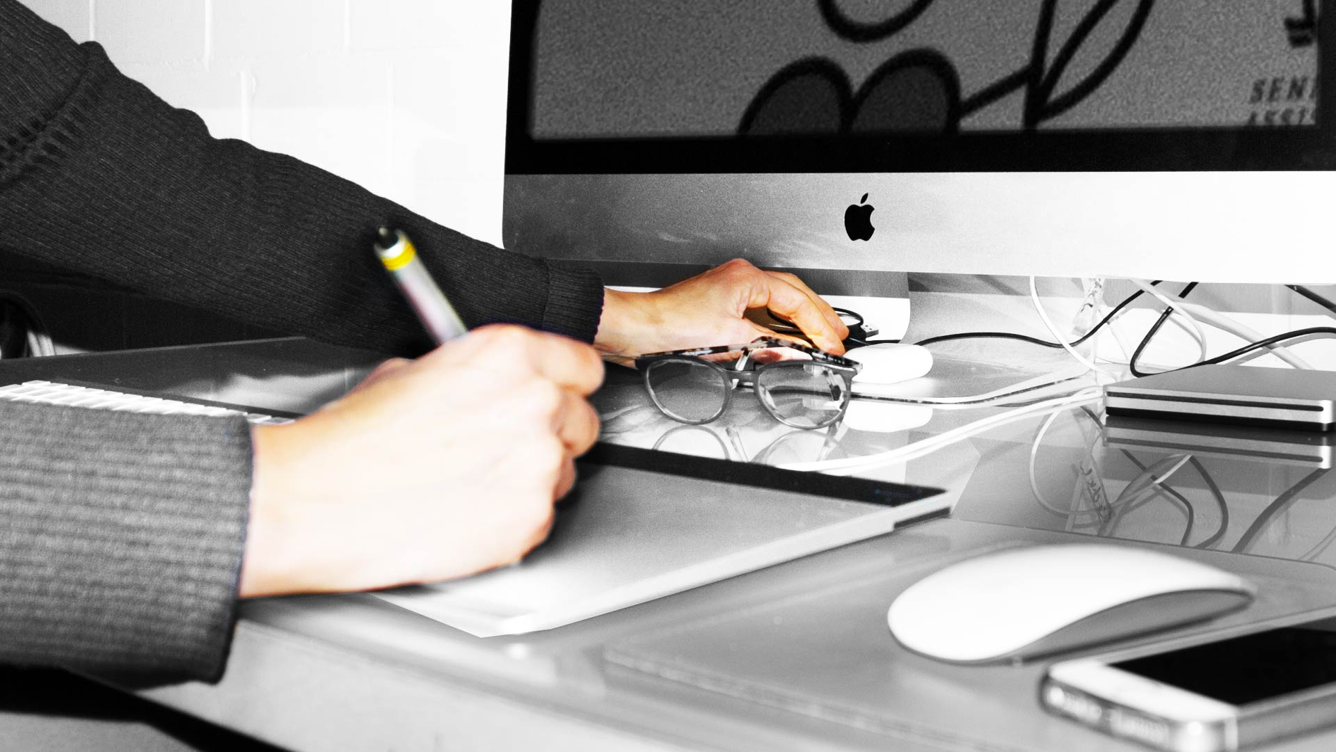 Arbeitsplatz Inken Webler - Arbeiten mit Wacom Stifttablett am i Mac