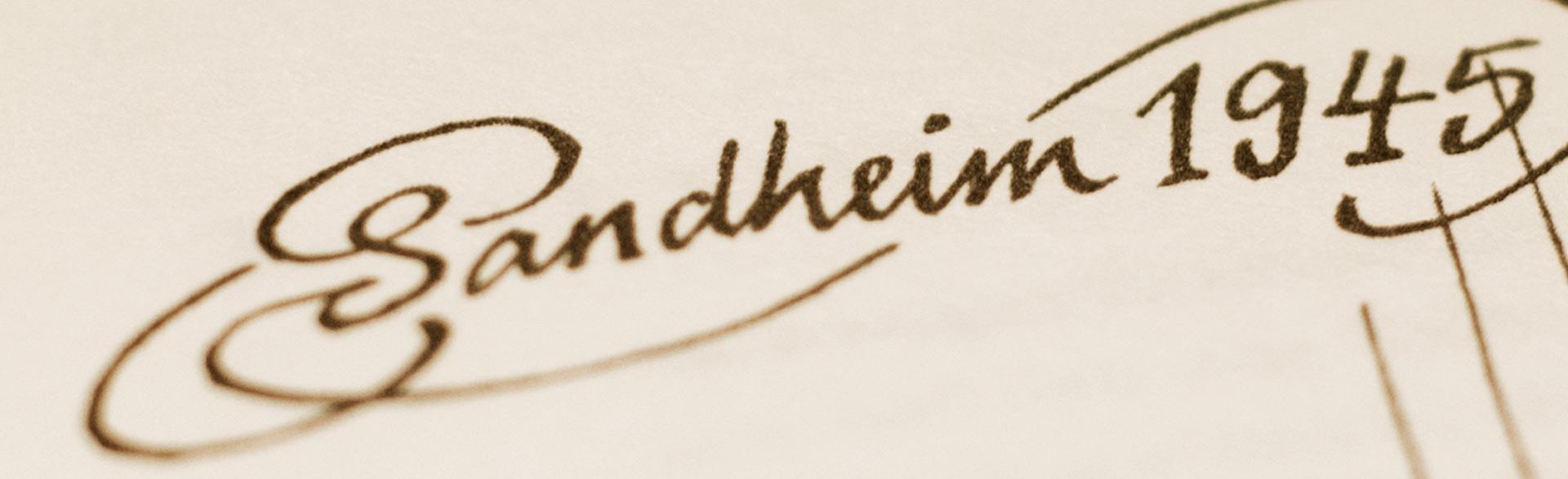 """Handgeschriebener Schriftzug Sandheim 1945 für das Buch """"Und doch ist es Heimat"""" von Jochen Metzger"""